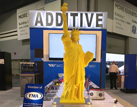 Wilson Tool Additive Statue of Liberty in Tradeshow Booth